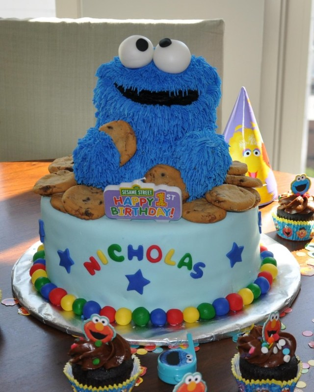 Cookie Birthday Cake Cookie Monster First Birthday Cake Cakecentral