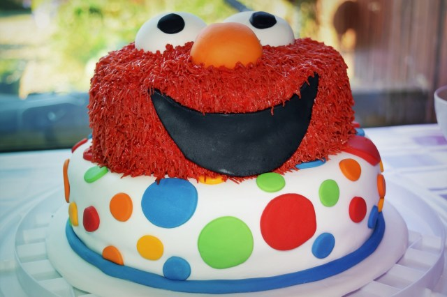 Elmo Birthday Cakes Making An Elmo Birthday Cake Glasgow With Kids