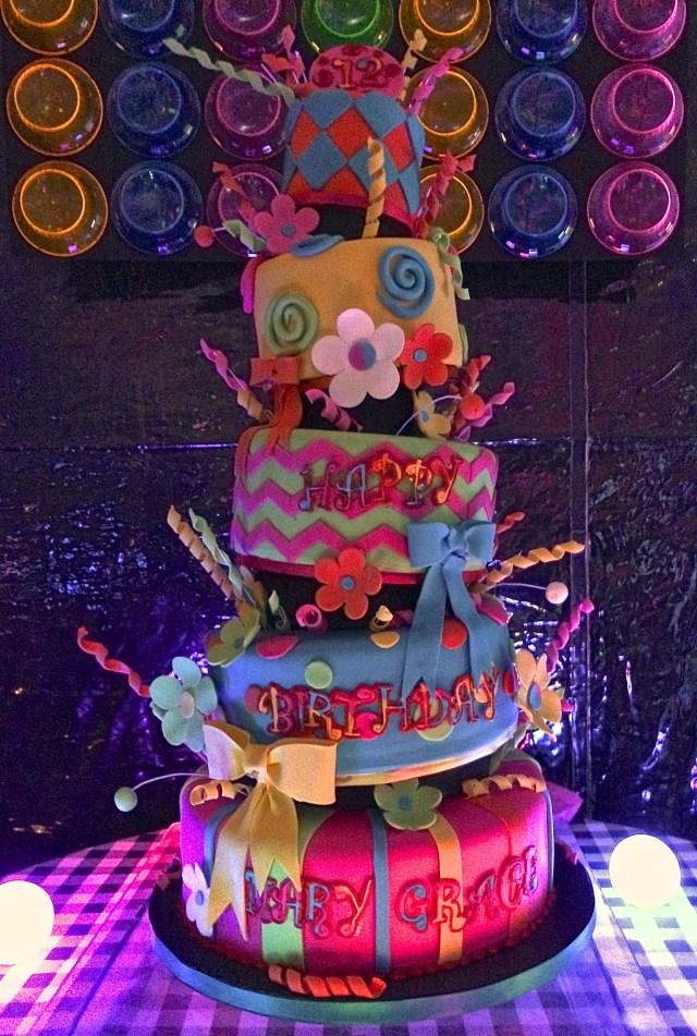 Glow In The Dark Birthday Cake Amazing Glow In The Dark Cake Black Light Party Glow Party