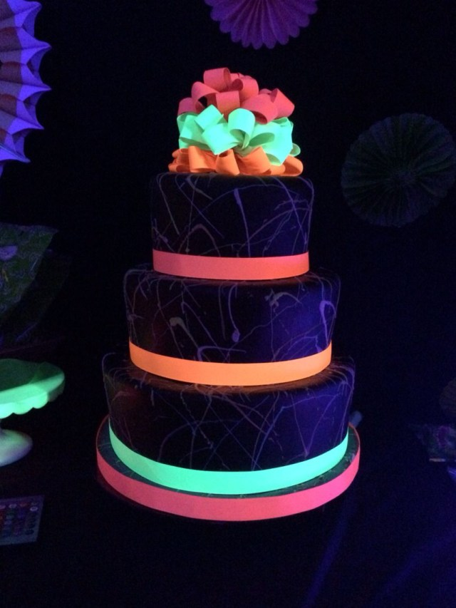 Glow In The Dark Birthday Cake Glow In The Dark Cake Glow Party Glow Party Birthday Parties Party