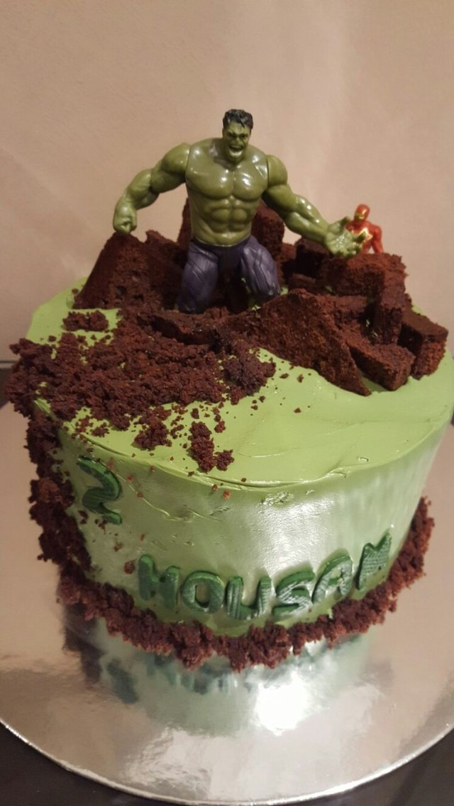 Hulk Birthday Cakes Hulk Cake That I Made For My Nephews 2nd Birthday Birthday Cake