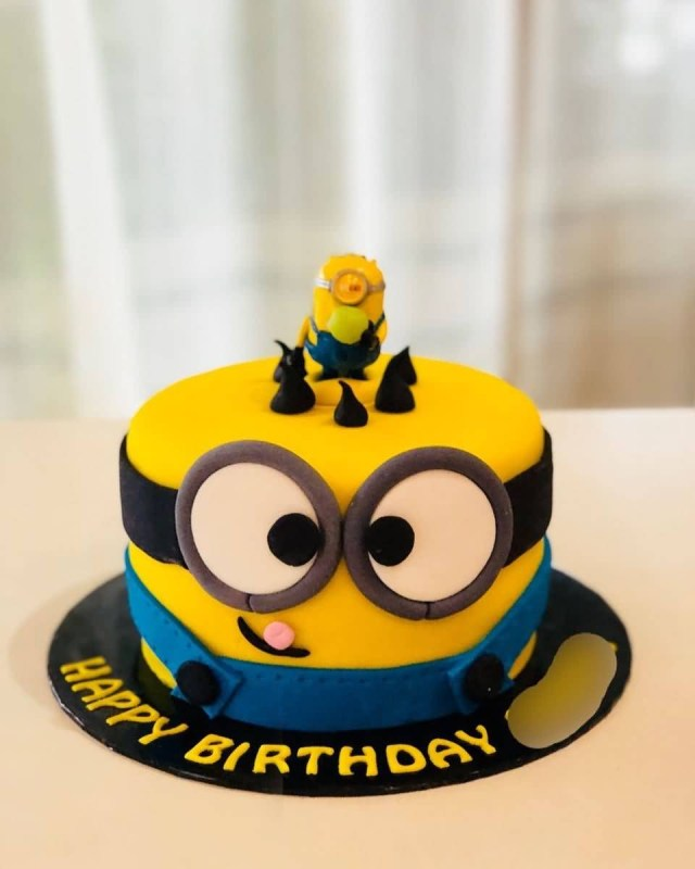 Minion Birthday Cake Images Birthday Cakes The Ask Idea