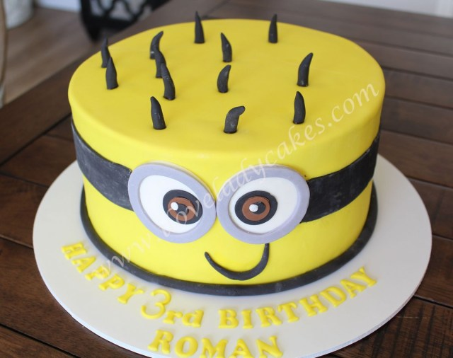 Minion Birthday Cake Images Minion Birthday Cake Ladycakes Bakery