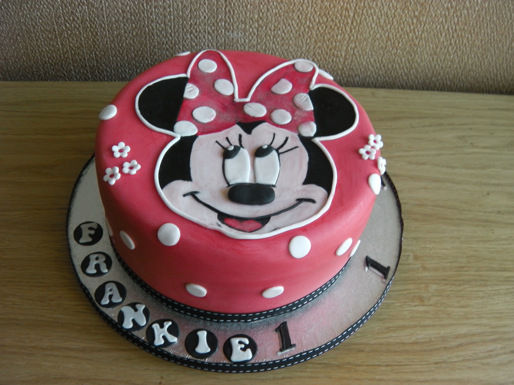 Magnificent Minnie Mouse Birthday Cakes Minnie Mouse 1St Birthday Cake Mandys Personalised Birthday Cards Cominlily Jamesorg