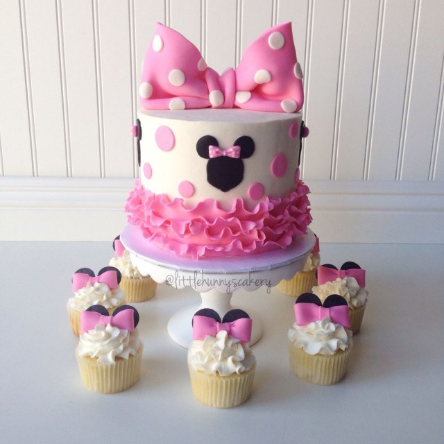 Minnie Mouse Birthday Cakes Cake And Cupcakes Designs For Girls Pinterest
