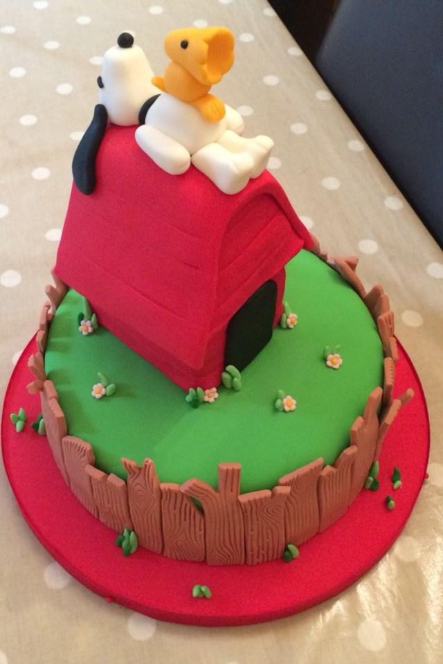 Snoopy Birthday Cake Snoopy Birthday Cake Cakes Pinte