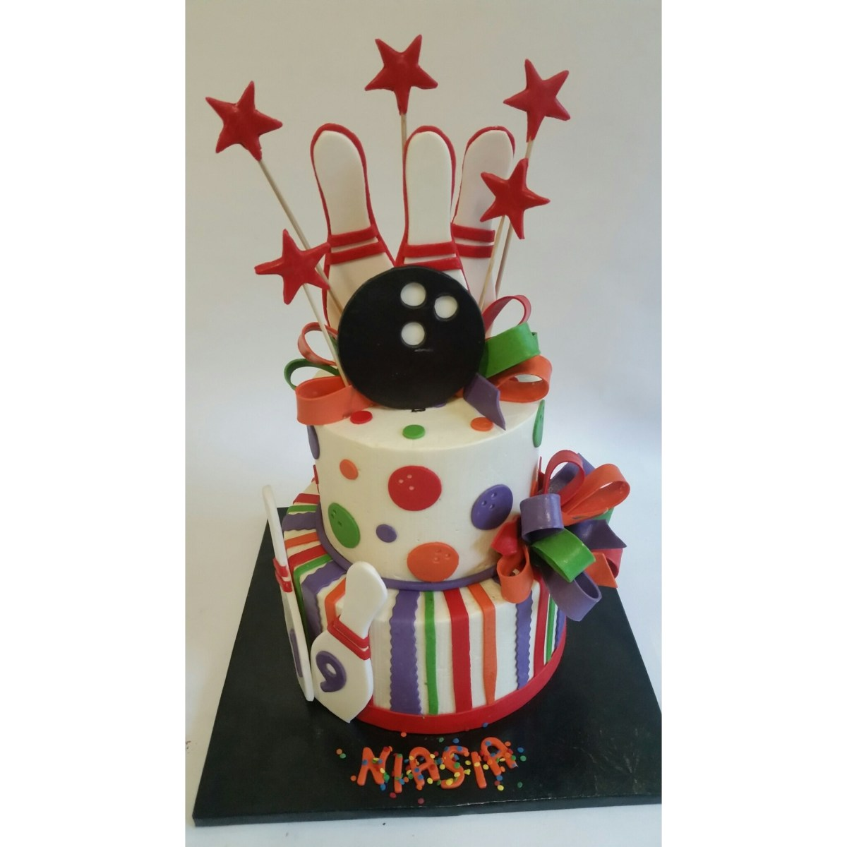 Surprising Specialty Birthday Cakes Custom Birthday Cakes Laurie Clarke Cakes Funny Birthday Cards Online Aboleapandamsfinfo