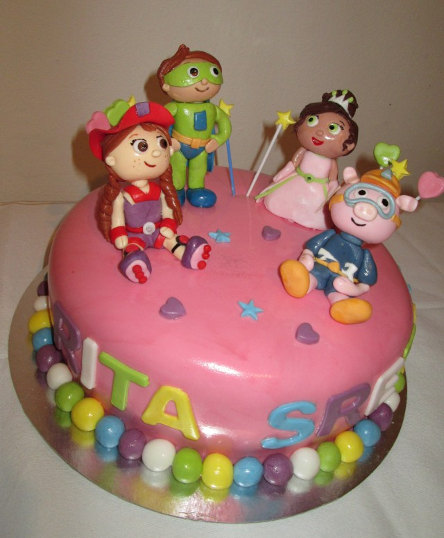 Super Why Birthday Cake Birthday Cake With Super Why Cartoon Characters Cakecentral