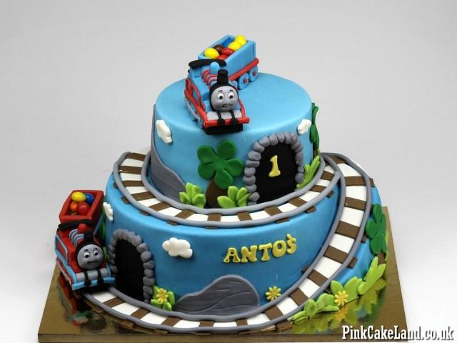 Thomas The Train Birthday Cake 13 Thomas The Train Engine Cakes Photo Thomas Tank Engine Birthday