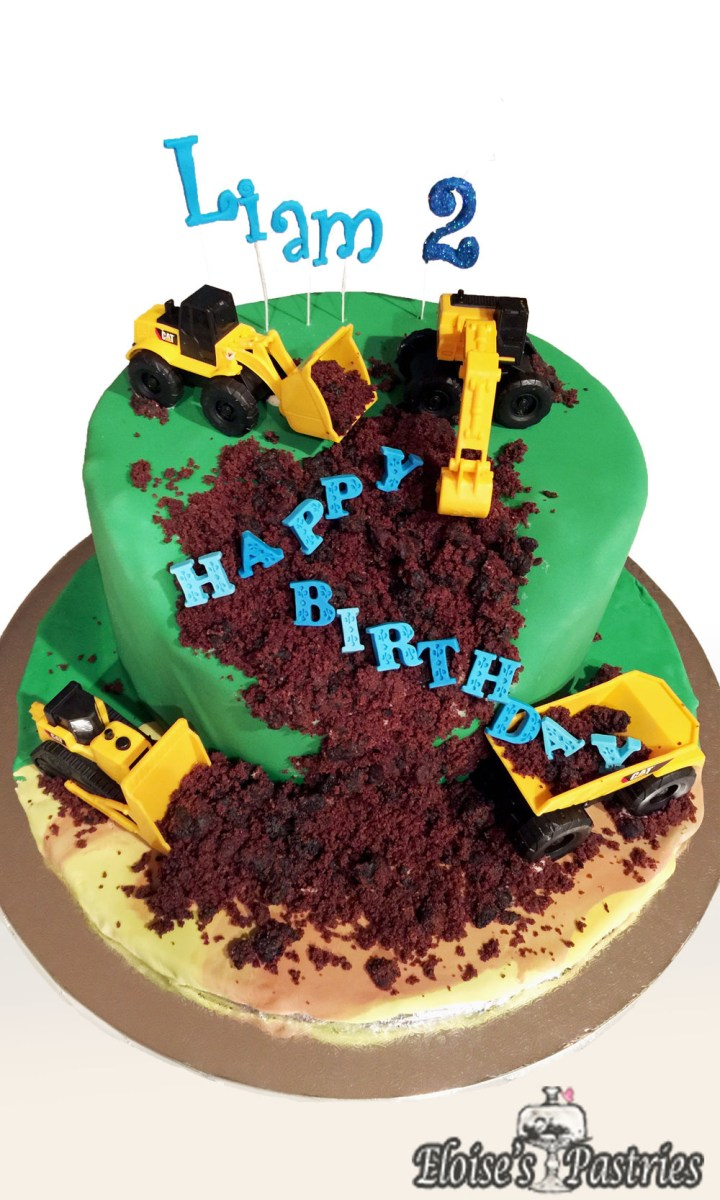 Enjoyable Tractor Birthday Cakes Birthday Cakes Gallery Eloises Pastries Funny Birthday Cards Online Elaedamsfinfo