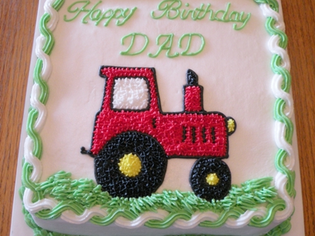 Cool Tractor Birthday Cakes Red Tractor Birthday Cake Cakecentral Funny Birthday Cards Online Fluifree Goldxyz