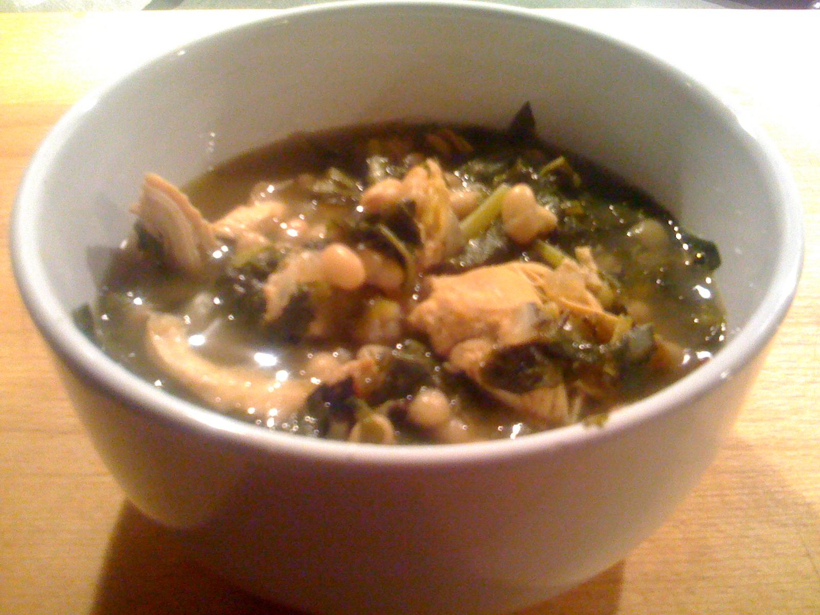 Paula Deen's White Bean Chili with Collard Greens2