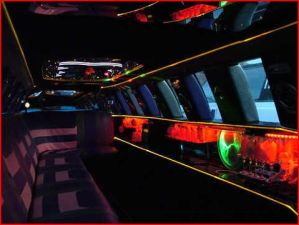 Lincoln Stretch Limousine in Birmingham for Hire