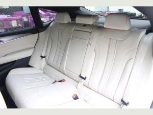 BMW 6 SERIES elite limo hire