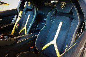 Lamborghini Aventador supercar hire