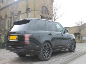 range rover vogue supercar hire for airport transfers services