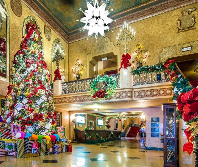 Mark Your Calendars Now For These Holiday Favorites Playing At The Beautiful Alabama Theatre This Holiday Season