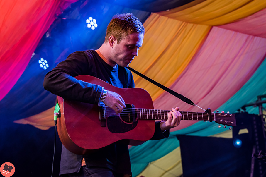 Benjamin Francis Leftwich @ Moseley Folk Festival 2016 / By Rob Hadley (Indie Images) © Birmingham Review