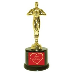 Best-Girlfriend-with-Heart-Hollywood-Award-with-Gift-Box