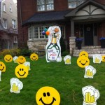 Champagne Bottle Lawn Sign with Smiley Faces and Beer Mugs Lawn Ornaments