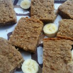 Healthy banana and oats bars