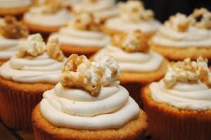 Caramel corn cupcakes2