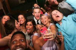 fun wedding photography Elyria Ohio
