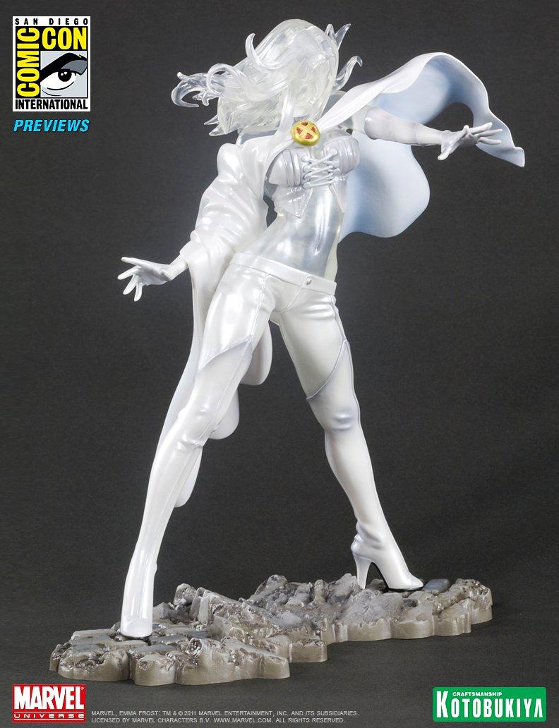 emma-frost-sdcc-2011-exclusive-bishoujo-statue-marvel-kotobukiya-2
