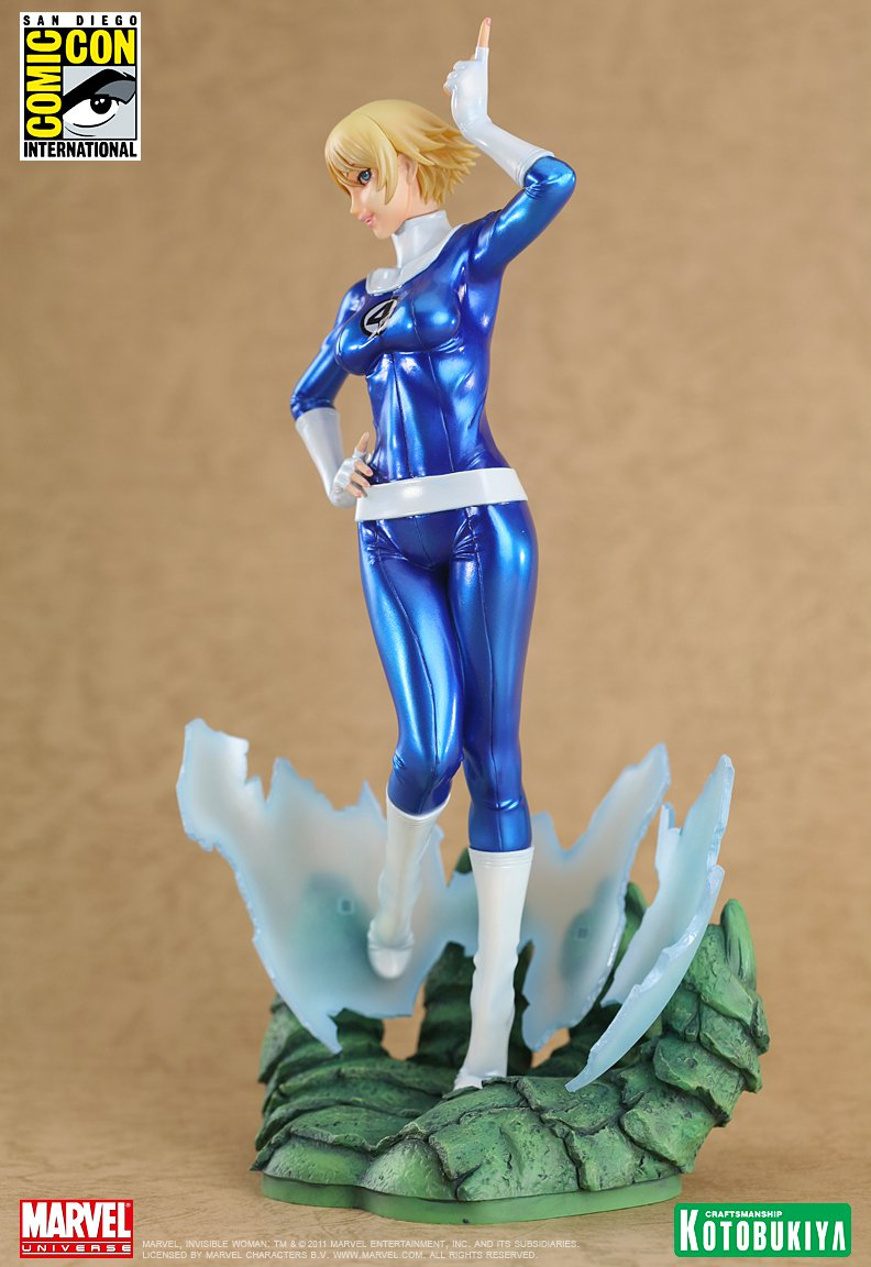 marvel-comics-invisible-woman-sdcc-2011-exclusive-bishoujo-statue-3
