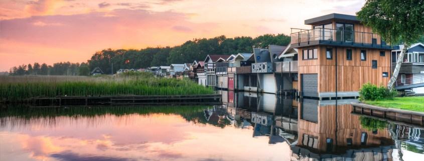 lake houses 2