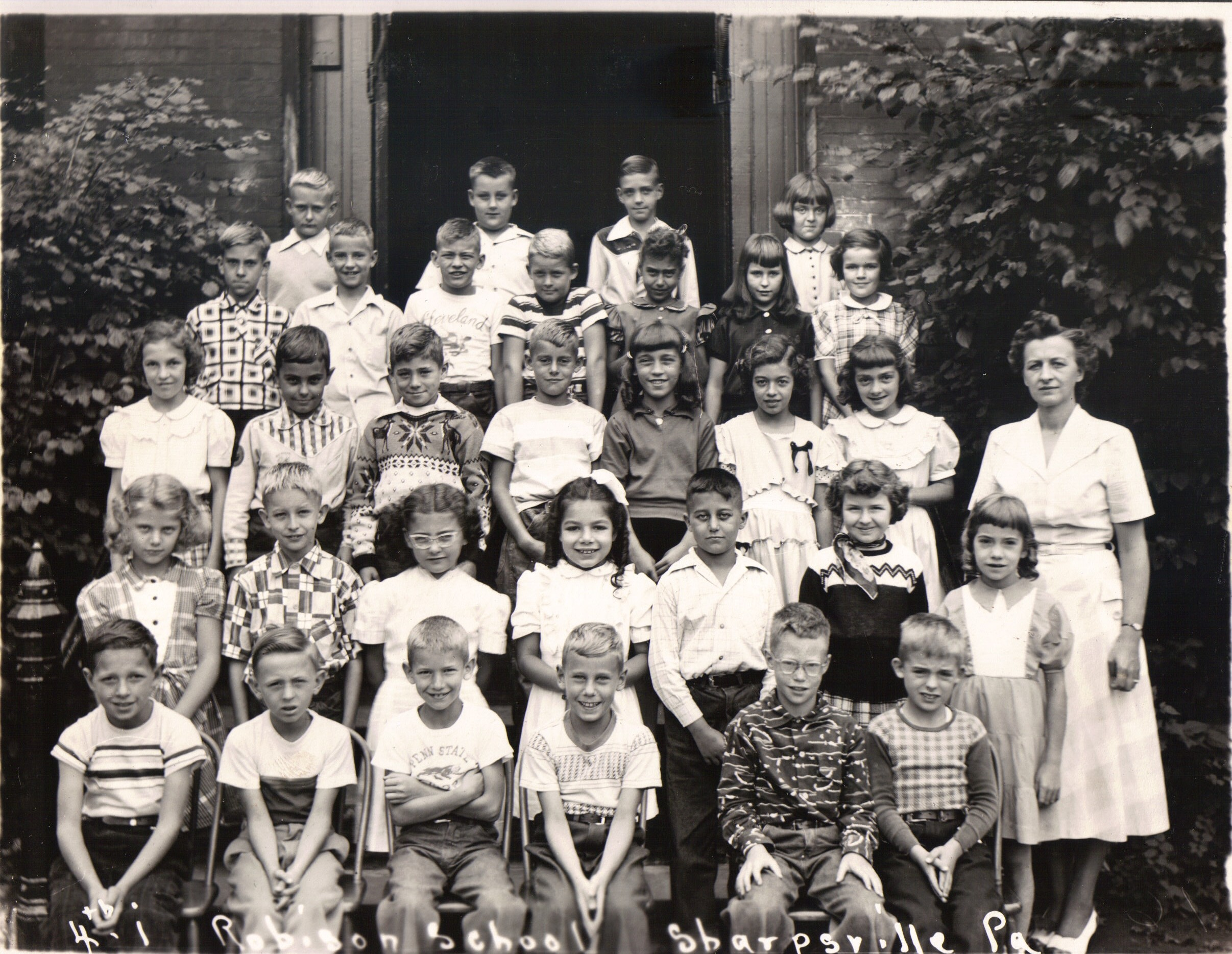 Mrs Robinson S Class Elementary School Pictures To Pin On