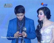Aliando dan Syahrini SCTV Award 3