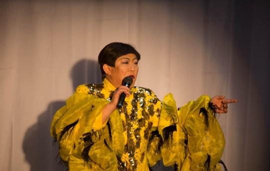 菊祭り 歌謡ショー開催