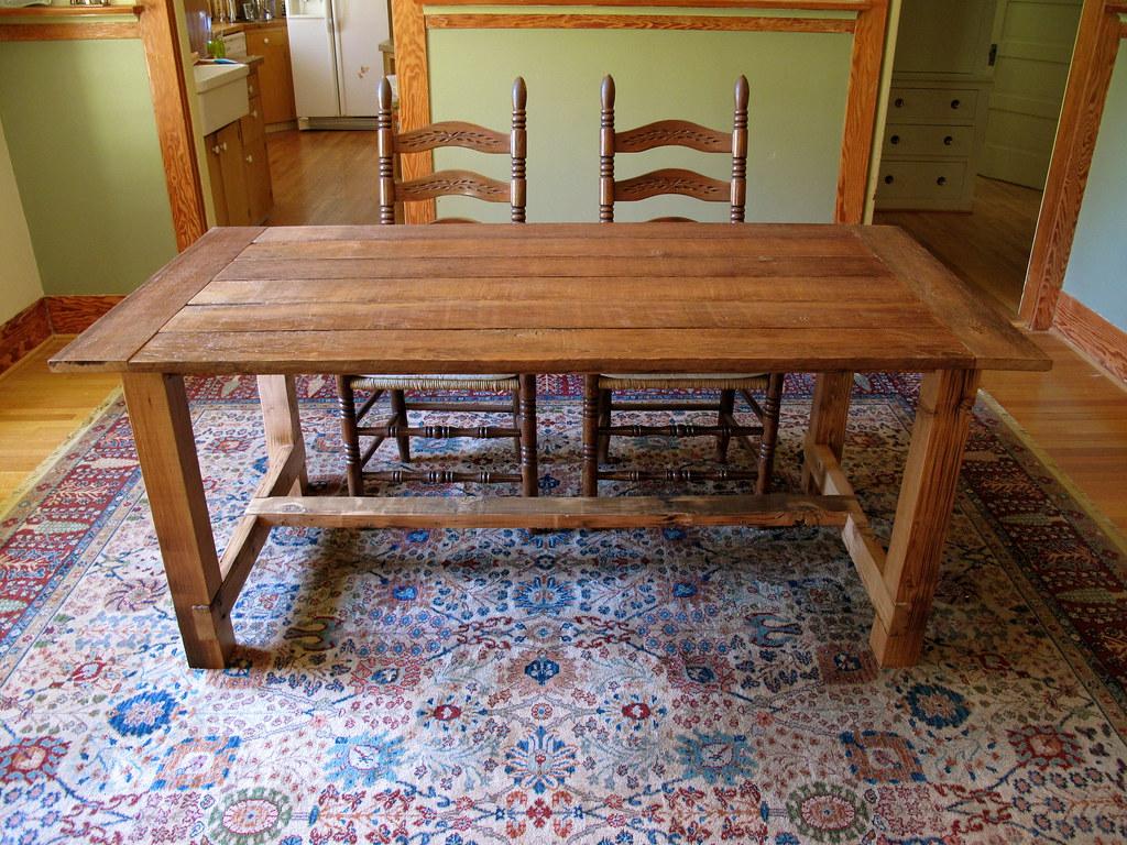 FARMHOUSE STYLE DINING TABLE FARMHOUSE STYLE DINING TABLE