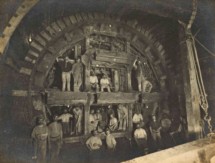 Construction of the Central Line, Victorian Britain