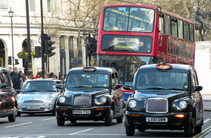 London bus and taxis
