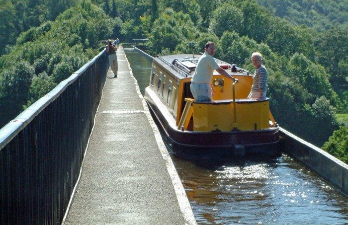 Pontcysyllte Aqueduct, Llangollen Canal, Wales