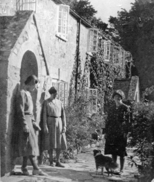 Tyneham - life as it was, when the world was black and white