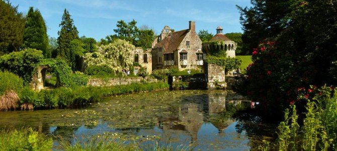 A visit to Scotney Castle