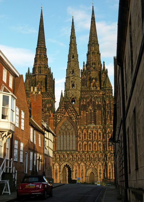Lichfield Cathedral, Ladies of the Vale.