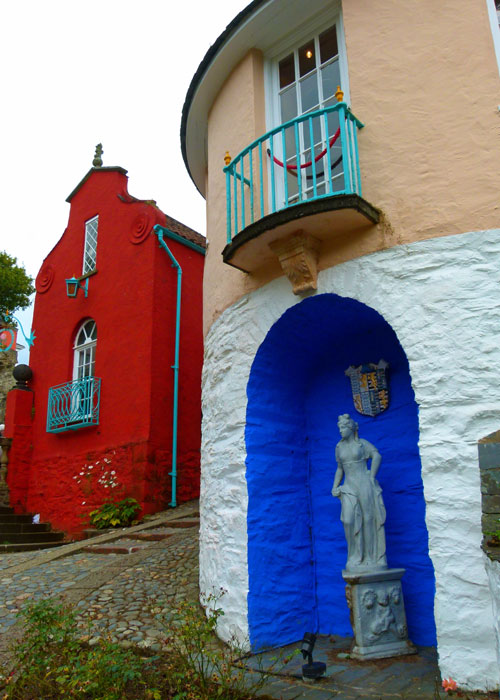 Portmeirion - splashes of colour everywhere