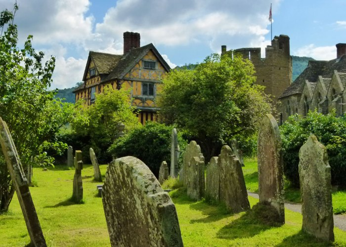 Stokesay Castle, St John the Baptist churchyard