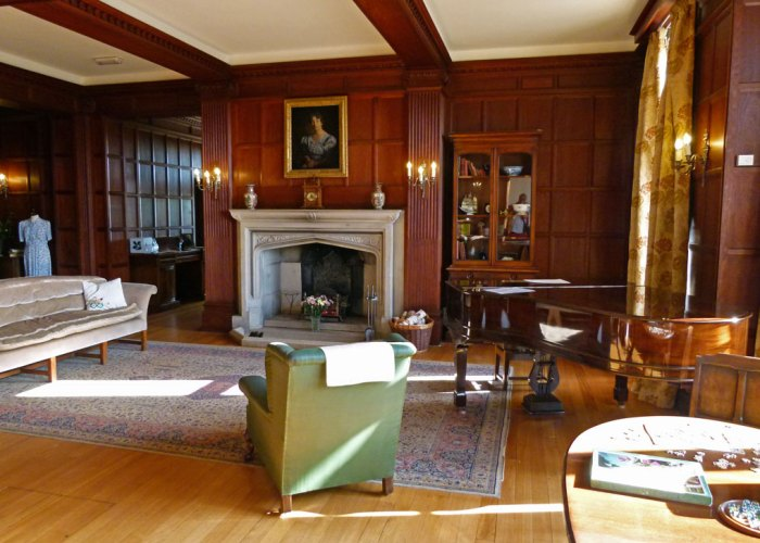 Tranmer House, sitting room, Sutton Hoo