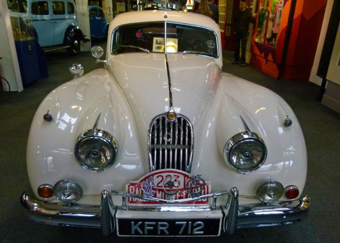 Jaguar XK140 (1955) at the Lakeland Motor Museum