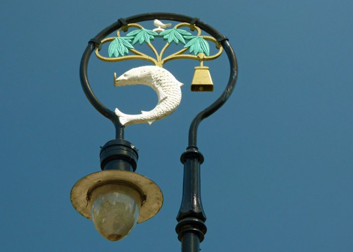 Lamposts, Glasgow Cathedral, the bird, the tree, the bell and the fish