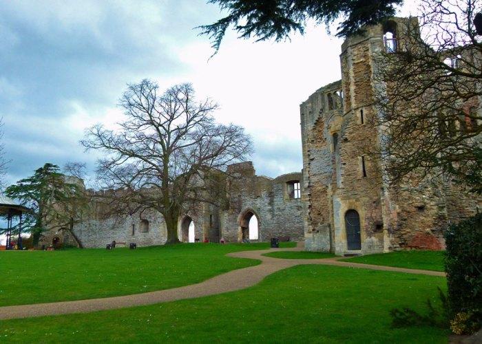 Newark-on-Trent, castle