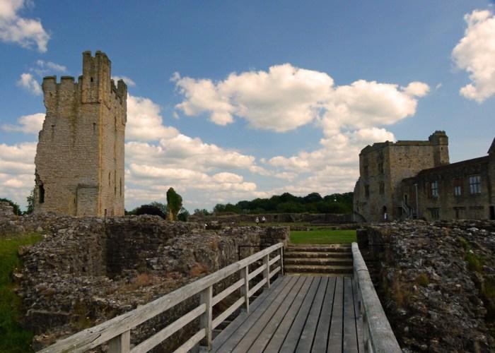 Helmsley, Yorkshire castles, Visit Britain