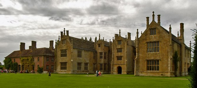 Barrington Court: bring on the empty mansion