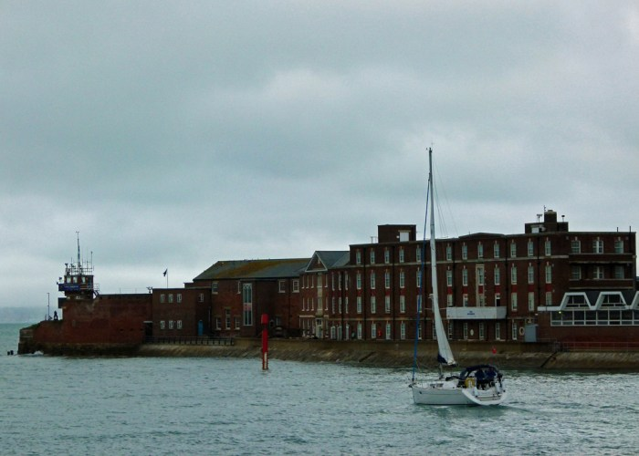 Fort Blockhouse, HMS Dolphin, Gosport