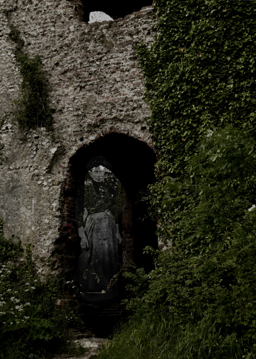 Racton Folly, ghost